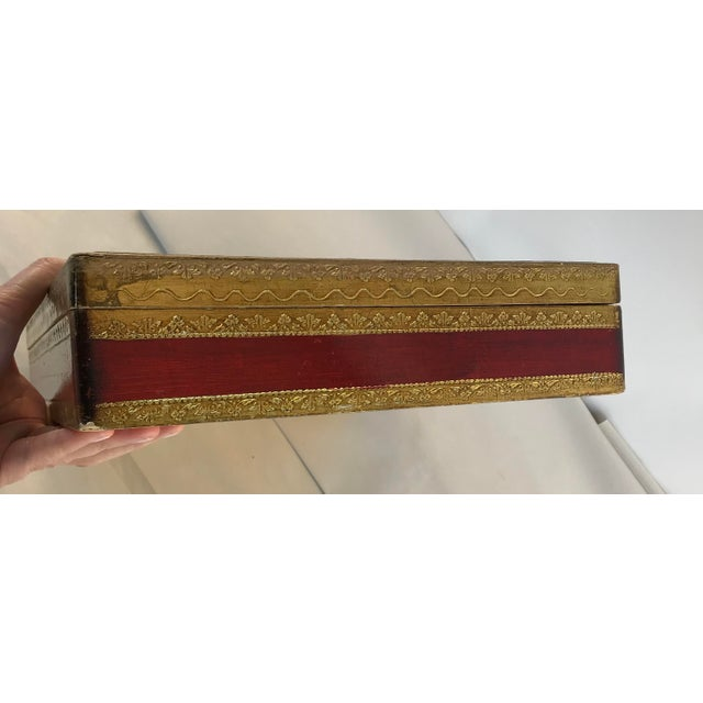 Italian Florence Italy Hand Painted Floral Gold Leaf Box For Sale - Image 3 of 9
