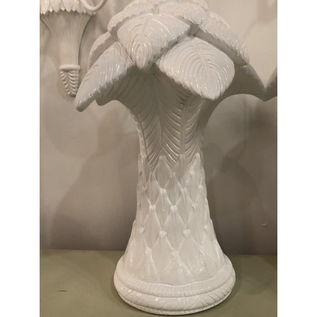 1970s Vintage White Lacquered Plaster Brass & Lucite Palm Tree Leaf Frond Table Lamps - a Pair For Sale - Image 10 of 13