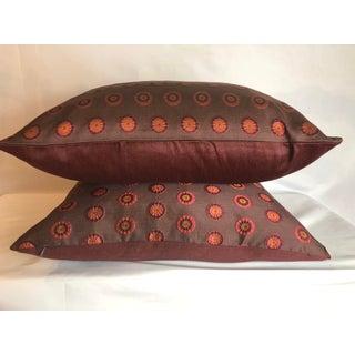 Contemporary Schumacher Pinwheel Silk Pillow With 90/10 Down Insert Preview