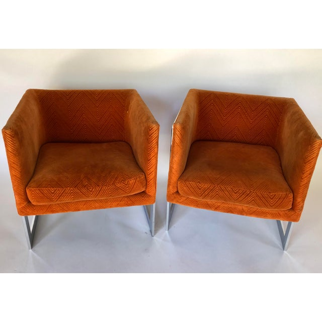 Mid-Century Modern 1970s Mid-Century Modern Milo Baughman T-Back Chrome Lounge Chairs - a Pair For Sale - Image 3 of 12