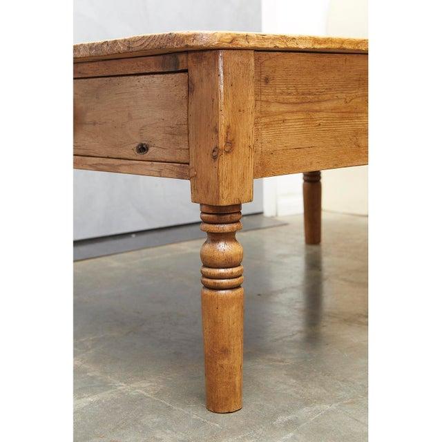 English Pine Coffee Table - Image 7 of 8