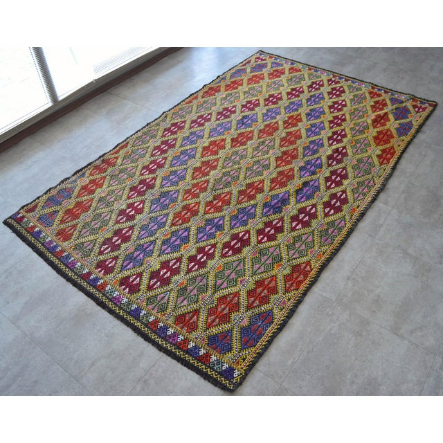 1950s Masterpice Hand Woven Vintage Braided Turkish Rug Wool Kilim Jajim- 5′7″ × 9′2″ For Sale - Image 5 of 11
