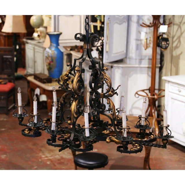 Early 20th Century Early 20th Century French Painted & Gilt Iron Flat Bottom Ten-Light Chandelier For Sale - Image 5 of 13