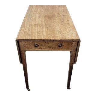 18th Century American Pembroke Single Drawer Drop Leaf Table For Sale