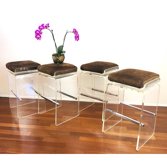 Transparent 1970s Charles Hollis Jones Attributed Waterfall Lucite Swivel Bar Stools / Chairs, Set of 4 For Sale - Image 8 of 12