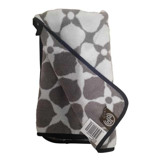 Jonathan Adler Hollywood Hand Towels - A Pair - Image 1 of 4
