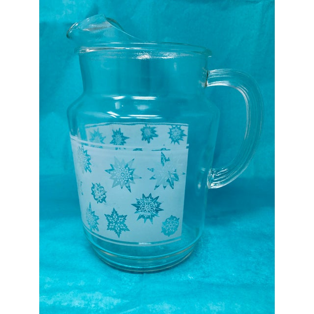1960s 1960s Vintage Snowflake Pitcher & Glasses- Set of 5 For Sale - Image 5 of 10