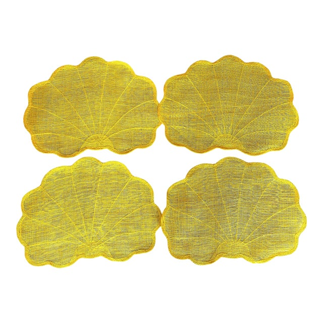 Vintage Yellow Scallop Shell-Shaped Woven Placemats- Set of 4 For Sale