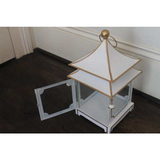 Cream and Gold Pagoda Shaped Lantern For Sale - Image 4 of 8