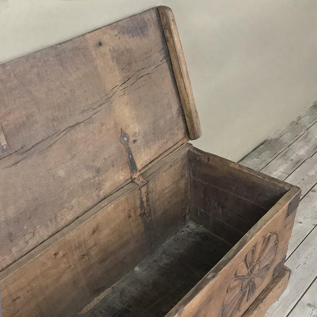 17th Century Spanish Trunk For Sale In Dallas - Image 6 of 12