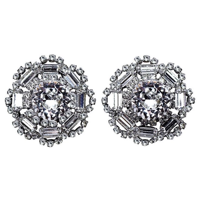 1960s Crystal Cocktail Clip-Back Earrings For Sale In Los Angeles - Image 6 of 6