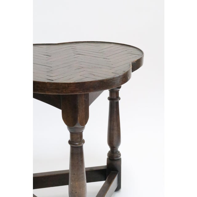 Traditional Vintage Wood Trefoil Side Table - Image 5 of 7