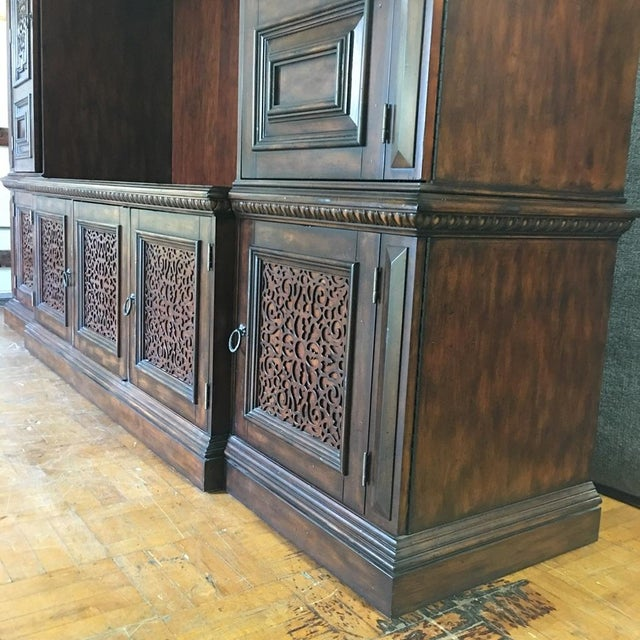 British Colonial Hardwood & Veneer Entertainment Console with Hutch Towers - Image 4 of 9
