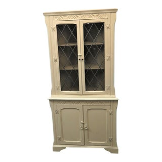 Mid 20th Century Shabby Chic Cream Leaded Glass Corner Cabinet For Sale