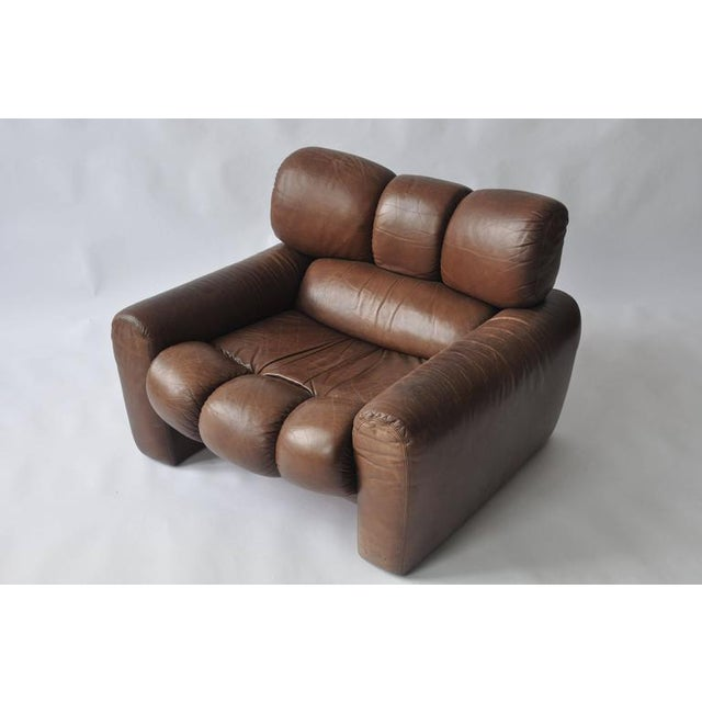 Mid-Century Modern Large Scale 1970s Leather Lounge Chair For Sale - Image 3 of 7