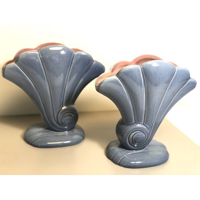 Cerulean Red Wing 1940s Vintage 892 Usa Shell Flower Vases. - a Pair For Sale - Image 8 of 8