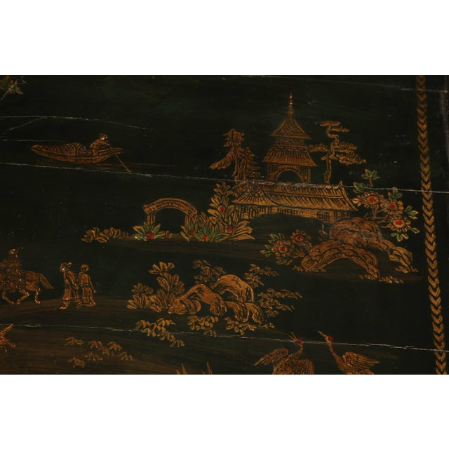 18th Century Queen Anne Lacquered Tea Table For Sale - Image 5 of 11