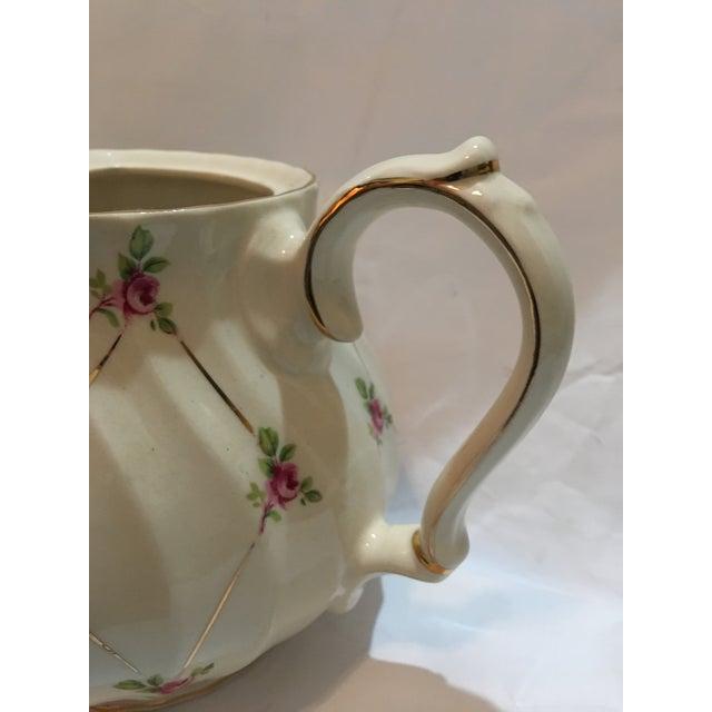 English Sadler Porcelain Teapot For Sale In New York - Image 6 of 7