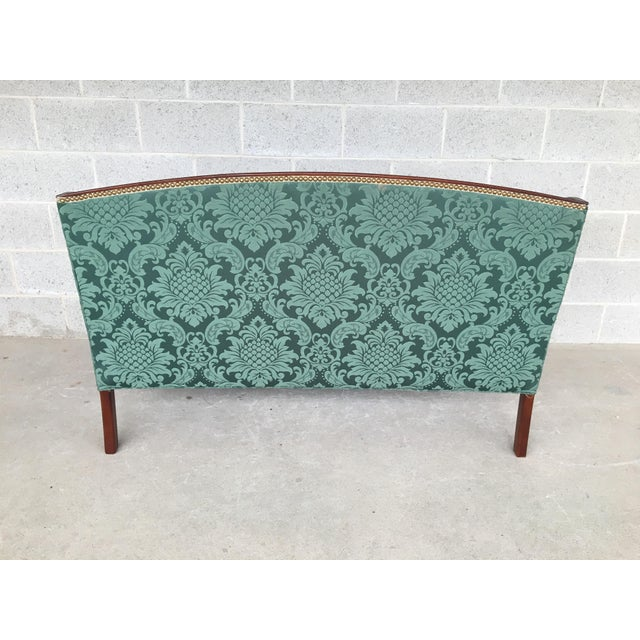 Late 20th Century Conover Furniture Federal Style Demask Upholstered Mahogany Loveseat For Sale - Image 5 of 10