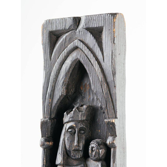 Gothic Victorian Wood Carving of Madonna and Child For Sale In Miami - Image 6 of 11