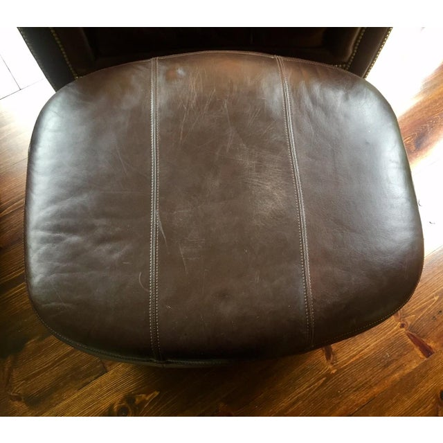 Ferguson Copeland Surrey Leather Chair & Ottoman For Sale In New York - Image 6 of 10