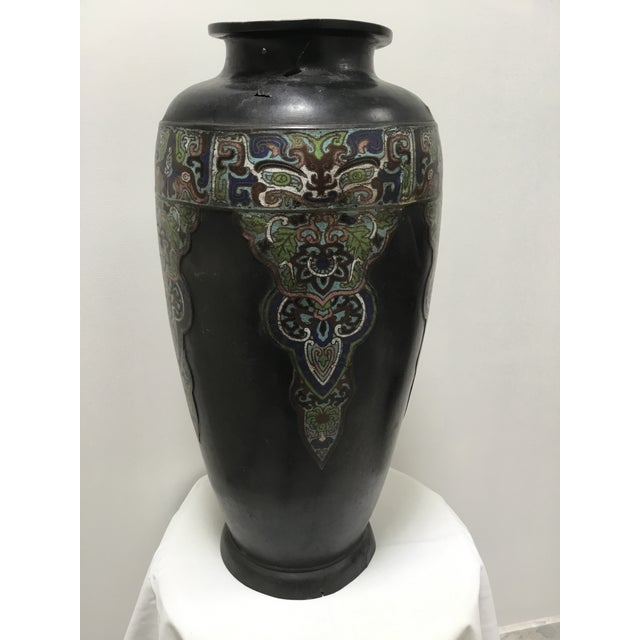 19th Century 19th Century Chinese Cloisonné Vase For Sale - Image 5 of 9