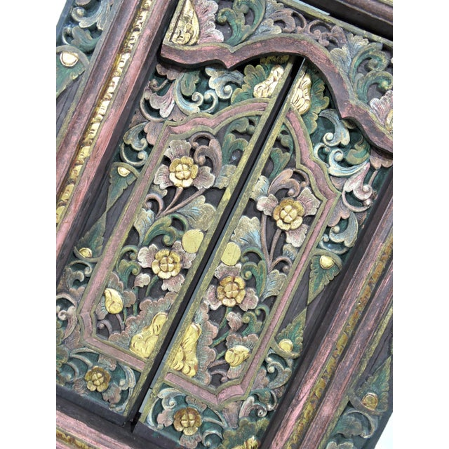 Vintage Hand Carved Floral Indian Window Frame or Wall Panel For Sale - Image 4 of 10