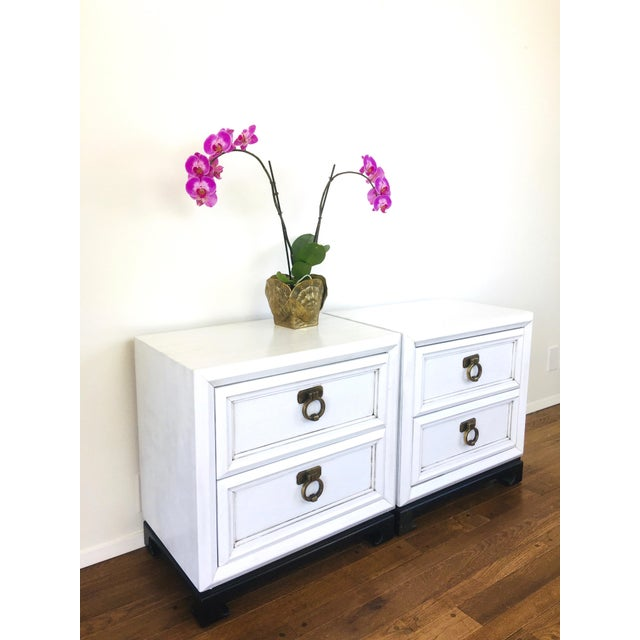 White Vintage Hollywood Regency White Mid Century Nightstands or Side Tables, Pair For Sale - Image 8 of 12