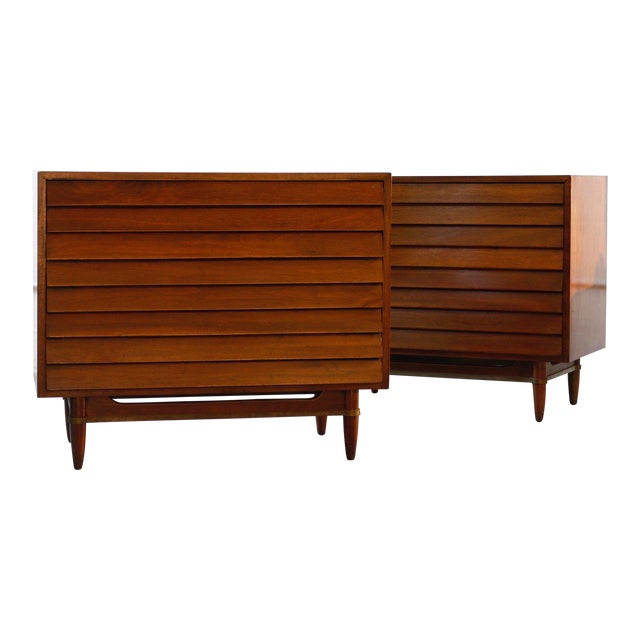Mid-Century American Dressers For Sale