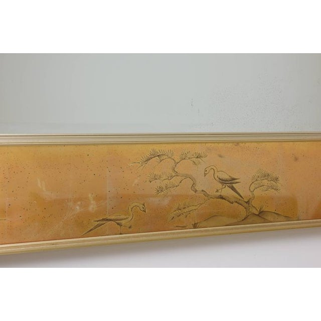 1960s La Barge Mirror With Eglomise Style Panels Depicting Chinoiserie Scenes in Gold For Sale - Image 5 of 10