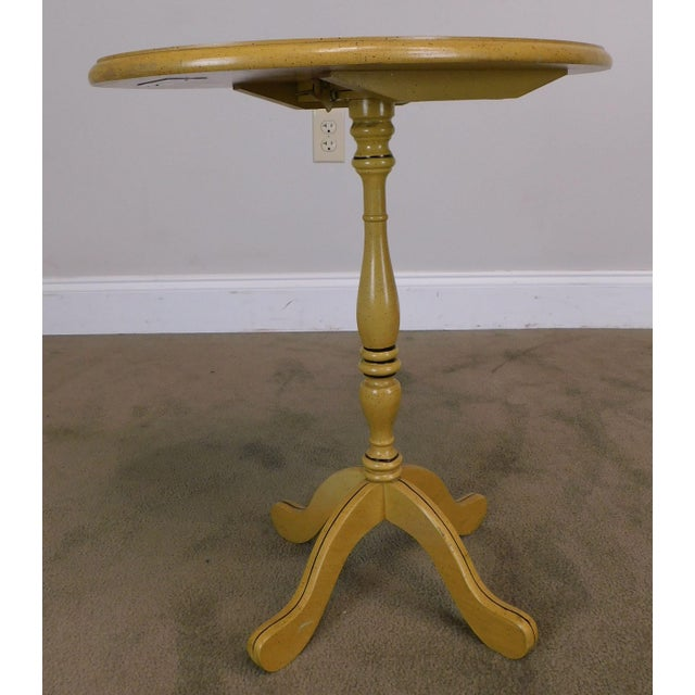 Wood Bicentennial Colonial Yellow Stenciled Tilt Top Oval Side Table by Lock For Sale - Image 7 of 13