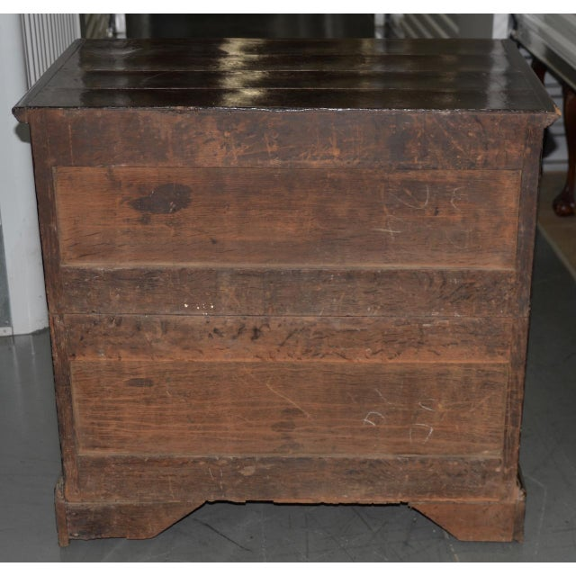 Mahogany 18th to 19th C. Early American George III Mahogany Chest of Drawers For Sale - Image 7 of 8