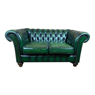 Vintage English Mid-Century Green Leather Chesterfield 2 Seat Sofa For Sale