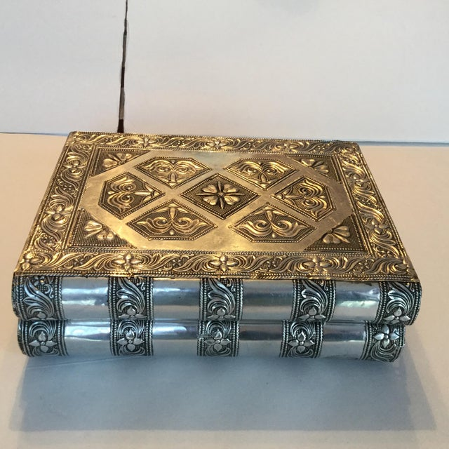 Silver Metal Jewelry Box - Image 3 of 11