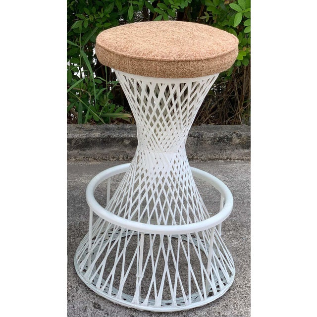 Russell Woodard Russell Woodard Woven Fiberglass Bar and Two Stools For Sale - Image 4 of 12