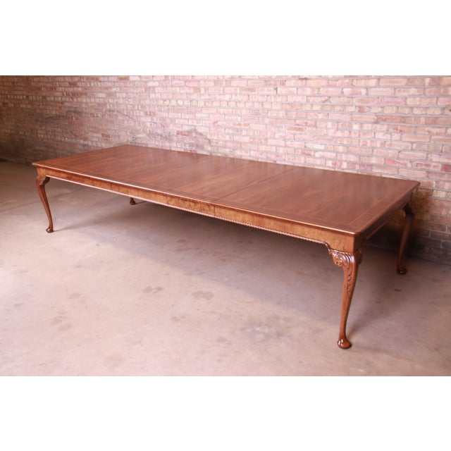 Queen Anne Baker Furniture Stately Homes Queen Anne Inlaid Walnut Extension Dining Table, Newly Refinished For Sale - Image 3 of 13
