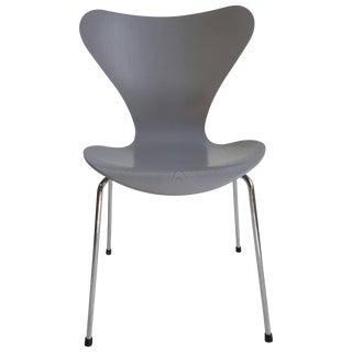 Series 7 Arne Jacobsen for Fritz Hansen Modernist Side Chair For Sale