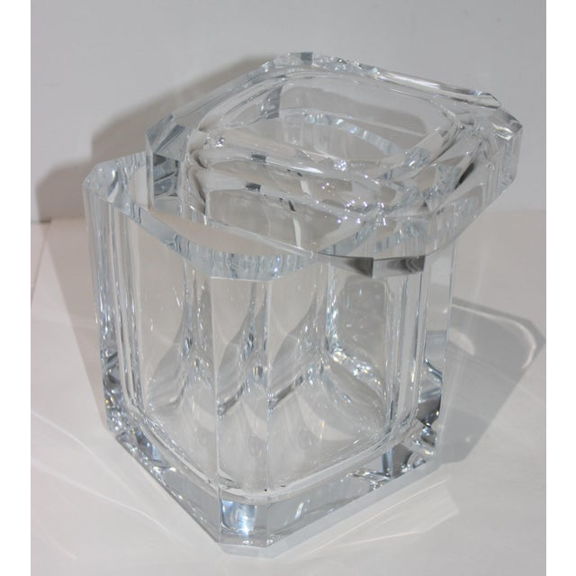 Vintage Lucite Ice Bucket With Cantilevered Lid For Sale - Image 10 of 11