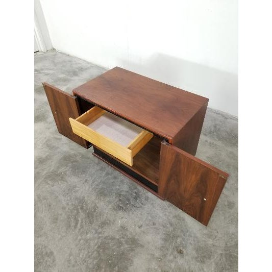 Mid-Century Brown Saltman Night Stand For Sale - Image 11 of 13
