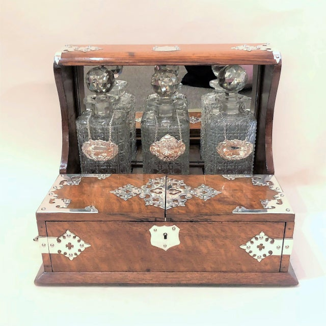 Late 19th Century Antique English Games Box Tantalus with Sheffield Silver Mounts, Circa 1880. For Sale - Image 5 of 5