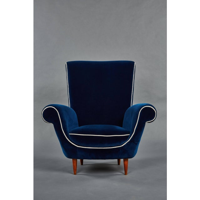 Mid-Century Modern Pair of Ico Parisi Attributed Blue Velvet Armchairs For Sale - Image 3 of 8