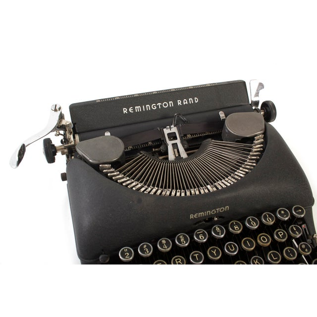 Remington Rand Typewriter - Model 5 in Excellent Working Order For Sale - Image 4 of 9