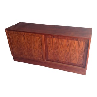 Poul Hundevad Danish Rosewood Sideboard Credenza With Sliding Doors For Sale