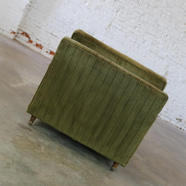 Deep Green Velvet Lawson Style Vintage Club Chair Mid Century Modern - Image 7 of 11
