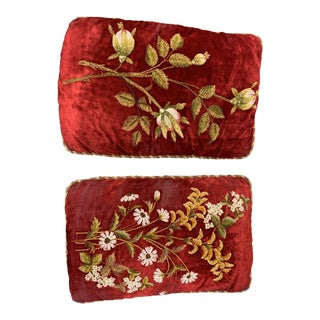 Antique 1900s Hollywood Regency Hand Stiched Velvet Pillows - a Pair For Sale