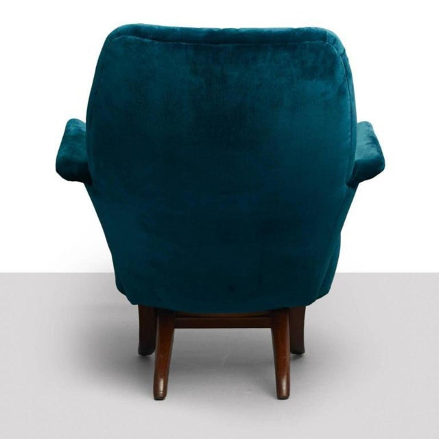 A penguin lounge chair by Theo Ruth for Artifort. A modular design comprised of two interlocking pieces, seat and back can...