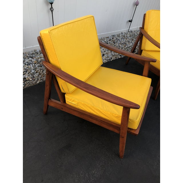 Mid Century Danish Modern Lounge Chairs- a Pair For Sale In New York - Image 6 of 13