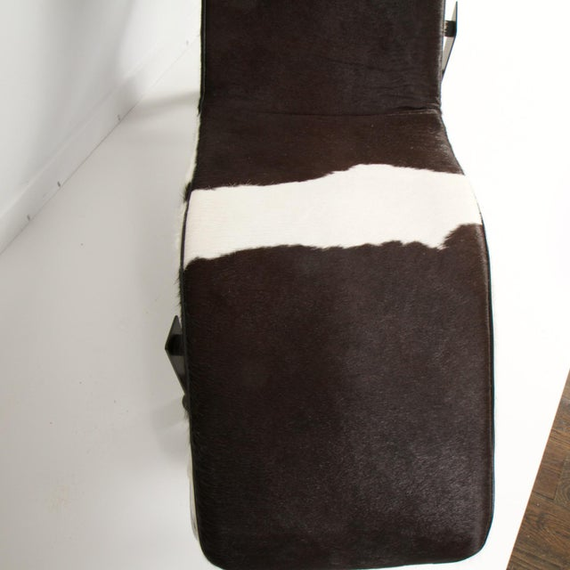 Black Le Corbusier Style Lc4 Cowhide and Leather Chaise Lounge For Sale - Image 8 of 10