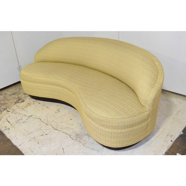 2000 - 2009 Custom Kidney Shaped Sofa With Kravet Fabric For Sale - Image 5 of 12