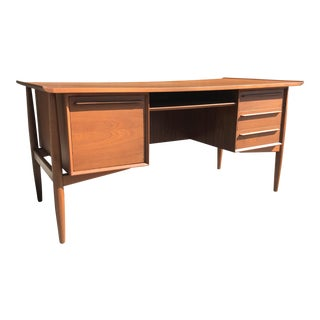 1960s Mid Century Modern H.P. Hansen Walnut Executive Desk